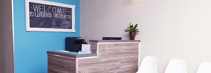 Chiropractic London ON Receptionist Desk